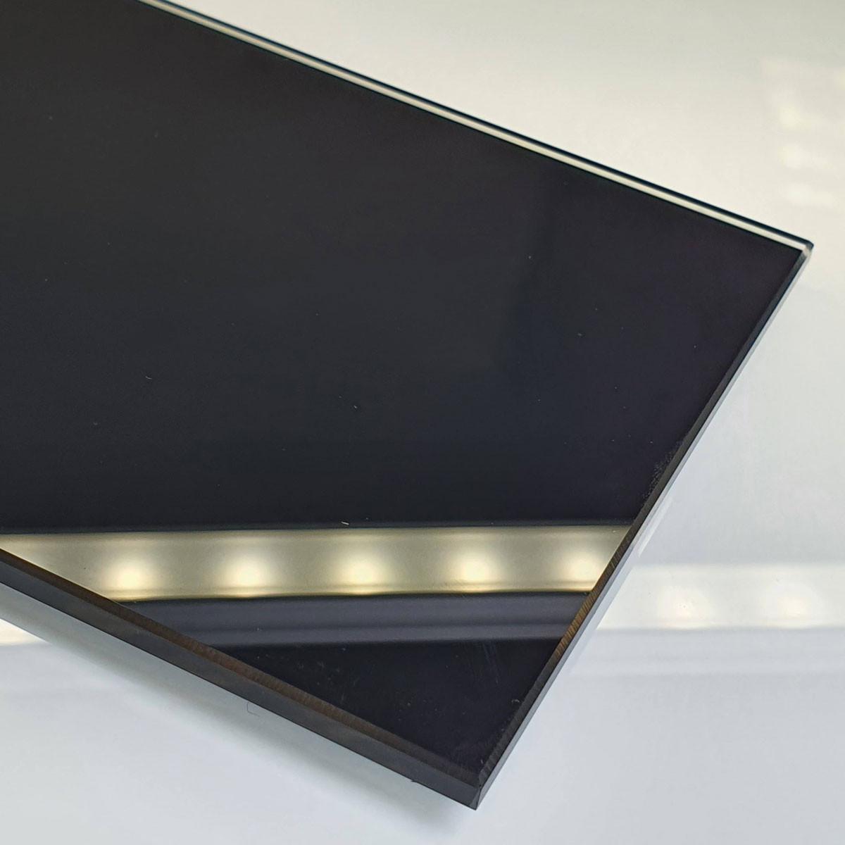verre extra blanc sur mesure e miroiterie. Black Bedroom Furniture Sets. Home Design Ideas
